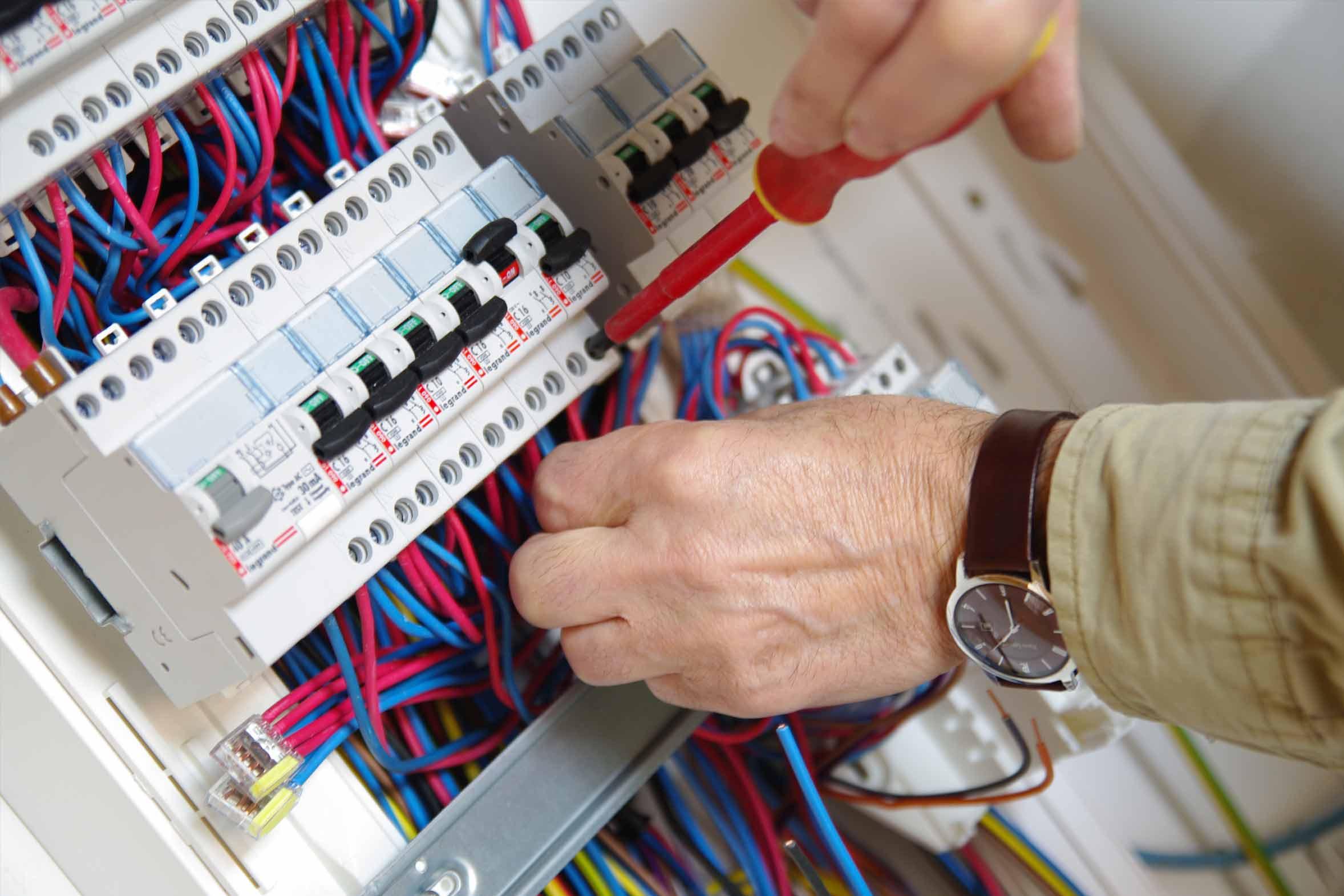 Elettricista Milano e provincia